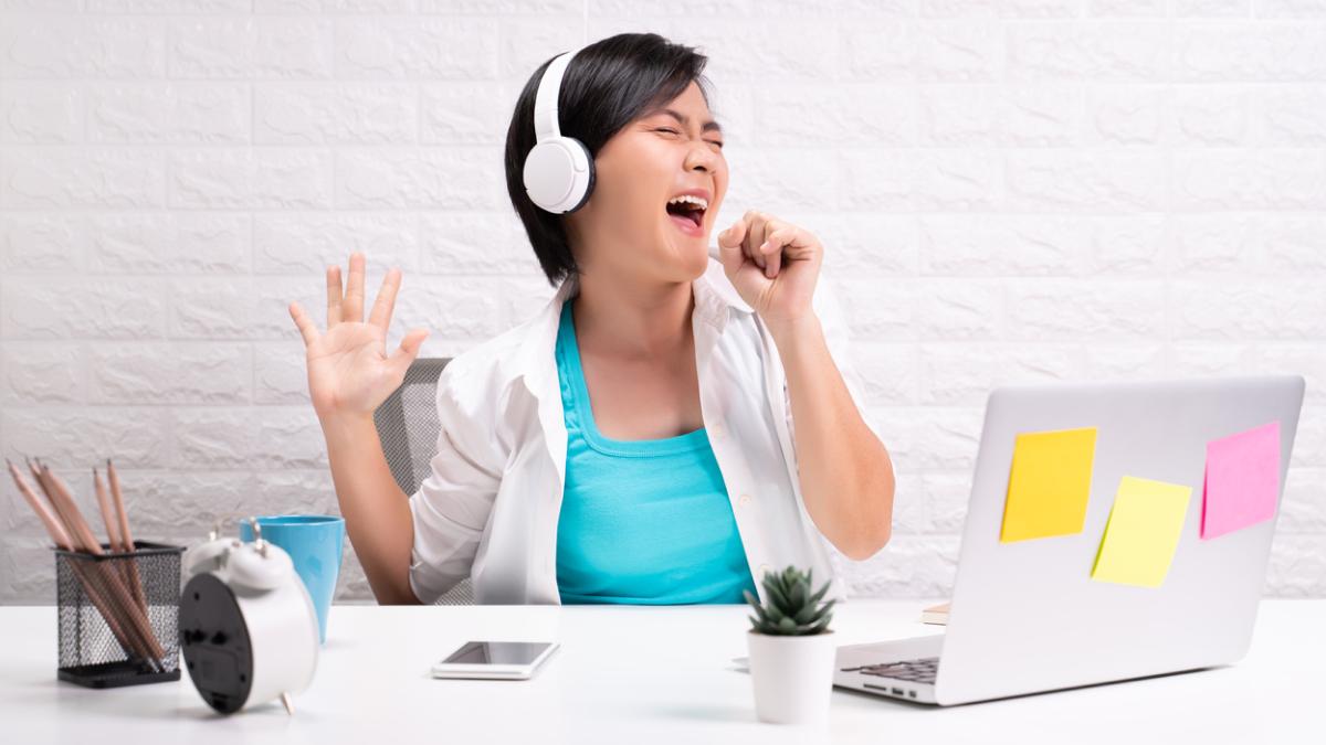 15 песен о работе и не только