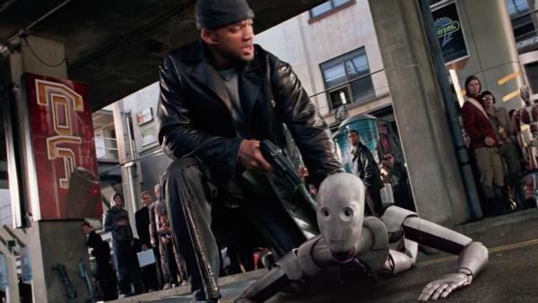 Кадр из сериала «Я, робот», реж. Алекс Пройас, 2004 г.