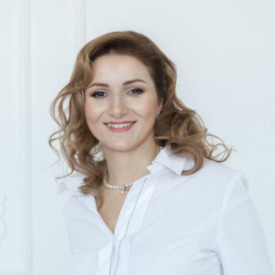 Олена Бондар