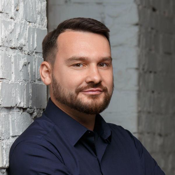 Євгеній Макаренко