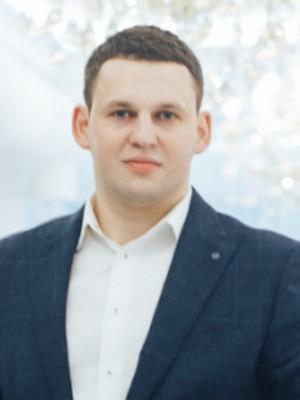 Вік  32 роки  Місто  Чернівці (Чернівецька обл.) Готовий до переїзду в   Київ 1646df2c346a2