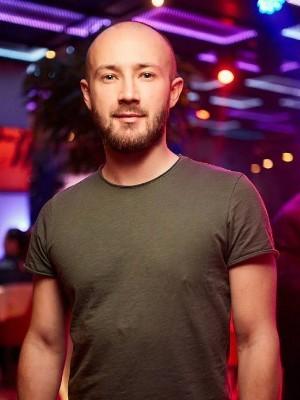 Арт директор ночного клуба резюме ночные клубы москва куда сходить в